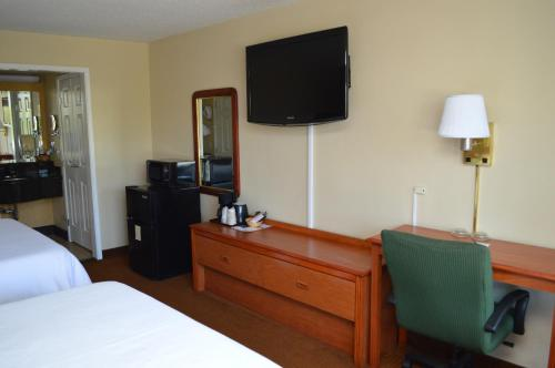 Ontario Airport Inn Photo
