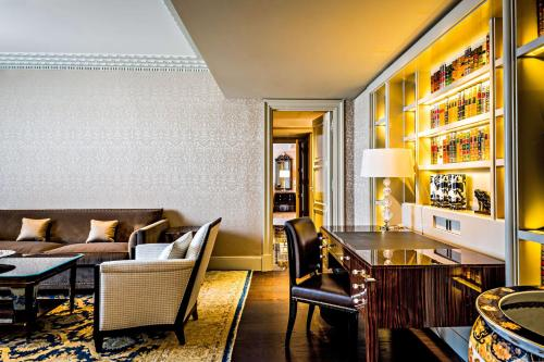 Prince de Galles, a Luxury Collection hotel, Paris photo 100