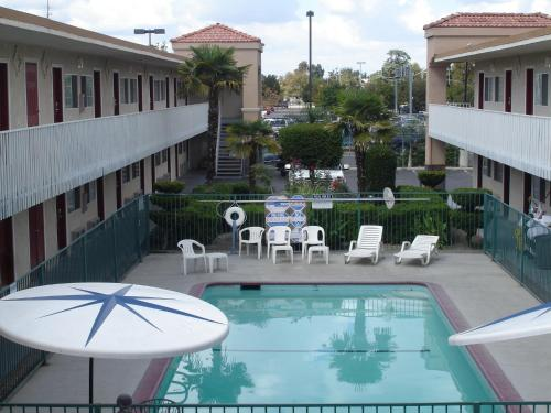 Americas Best Value Inn - Fresno Downtown - Fresno, CA 93721