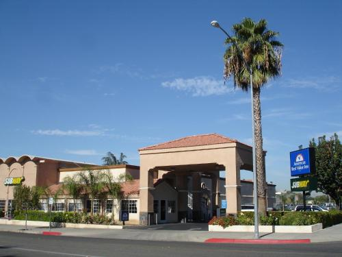 Picture of Americas Best Value Inn Fresno/><p class=