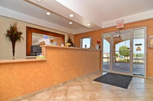 Picture of Days Inn Alvarado/><p class=