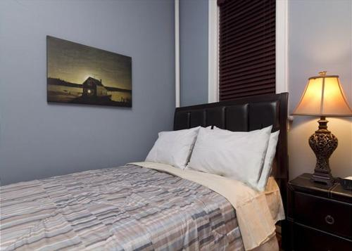 Chic 2 Bedrooms near Times Square photo 26
