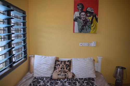 Lions Gate GuestHouse, Suhum