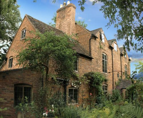 Photo of Daybrook House Hotel Bed and Breakfast Accommodation in Worcester Worcestershire