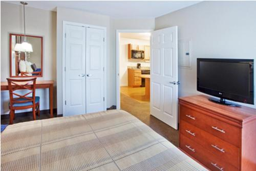 Candlewood Suites - Columbus Photo