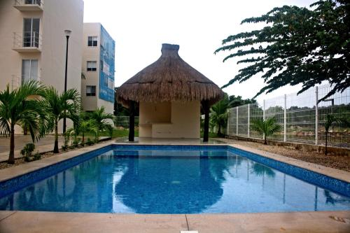 TWO BEDROOM CONDO 10 MIN AWAY FROM THE BEACH, Playa del Carmen