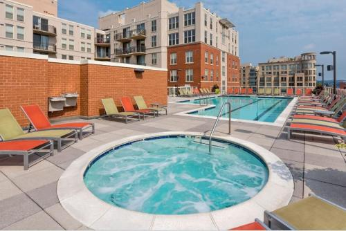 2 Bedroom Apartment in Washington DC By Mall and White House