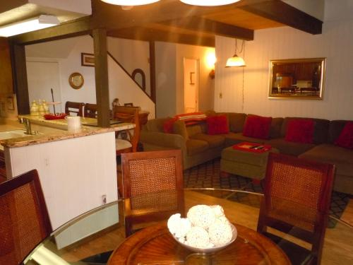 Two-Bedroom Premier Unit #70 by Escape For All Seasons - Big Bear Lake, CA 92315