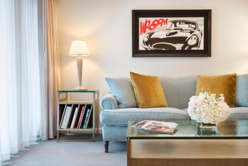 Luxe Rodeo Drive Hotel Photo