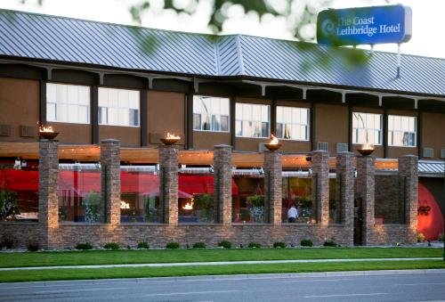 Coast Lethbridge Hotel & Conference Centre - Lethbridge, AB T1J 3M2