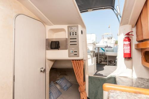 Boat hotel and tours photo 6
