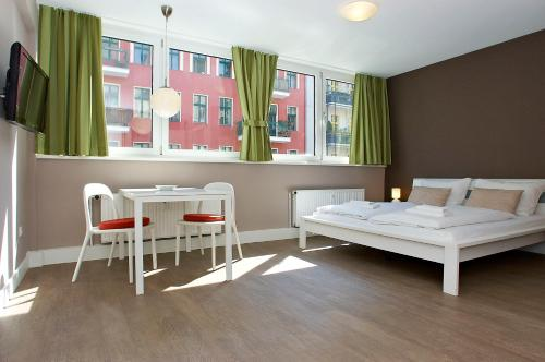 Apartmenthouse Berlin - Am Gorlitzer Park, Берлин