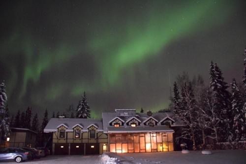 7 Gables Inn And Suites - Bed And Breakfast - Fairbanks, AK 99709