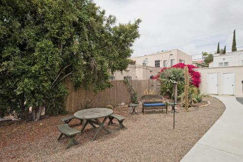 Modern Bungalow -Outdoor Area -Convention/Downtown - San Diego, CA 92102