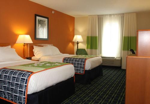 Fairfield Inn and Suites by Marriott Marion Photo
