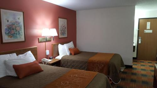 Americas Best Value Inn and Suites - Nevada Photo