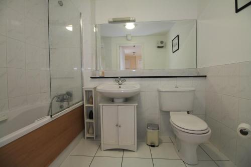 North Docklands Self Catering apartment photo 9