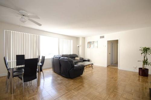 Beautiful 2bd apt. by the Grove!!! - Los Angeles, CA 90036