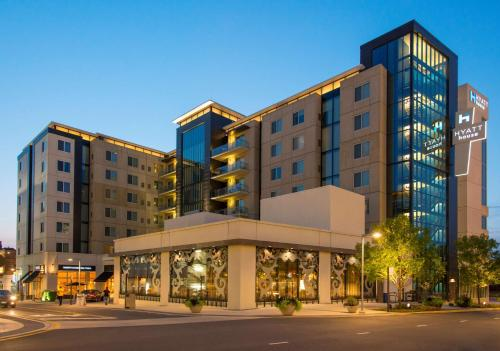 Hyatt House Falls Church-Merrifield Photo