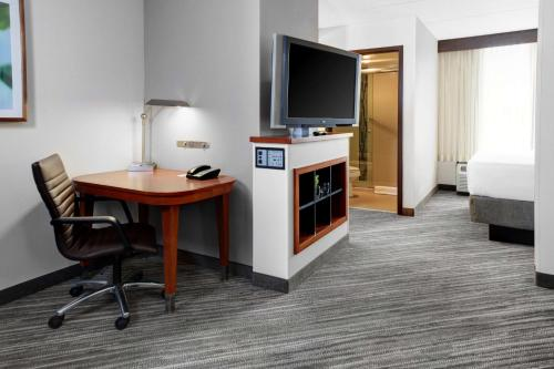 Hyatt Place Birmingham Inverness Photo