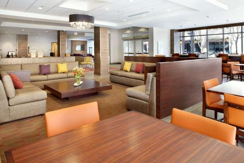 Hyatt House Denver Lakewood Belmar Photo