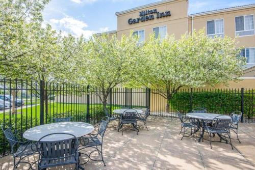 Hilton Garden Inn Wichita Photo