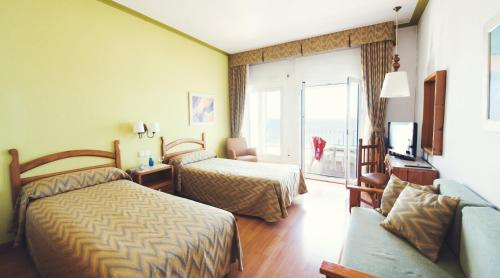 Hotel Miramar Badalona photo 31