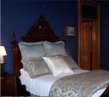 The Claremont House Bed & Breakfast Photo