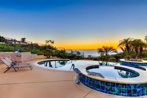 #6092 - Endless Elegance Six-Bedroom Holiday Home - La Jolla, CA 92037