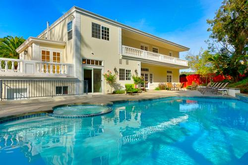 #1747 - Pacific Whispers Five-Bedroom Holiday Home