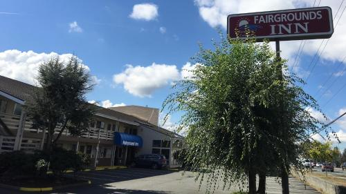 Fairground Inn Photo
