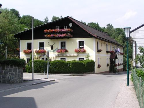 Pension Hubertushof Dirndltal