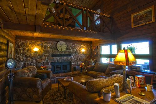 High Country Lodge Photo