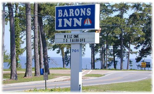 Barons &quot;By the Bay&quot; Inn - Fairhope