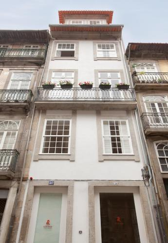 Porto Lounge Hostel & Guesthouse