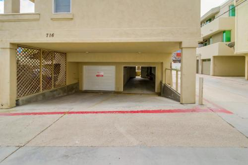 714 Kingston Court - San Diego, CA 92109