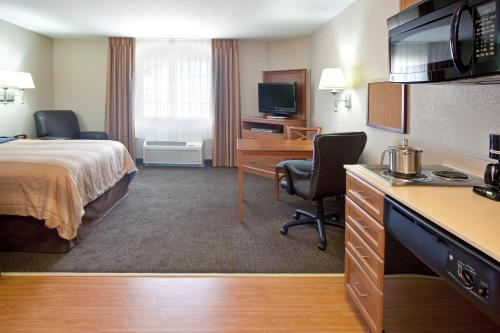 Candlewood Suites Yuma Photo