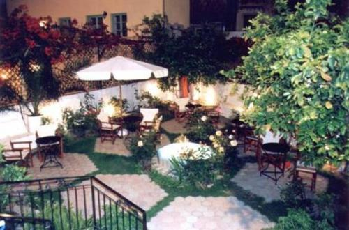 Pension Castello - Karaoli & Dimitriou 8-10 Greece