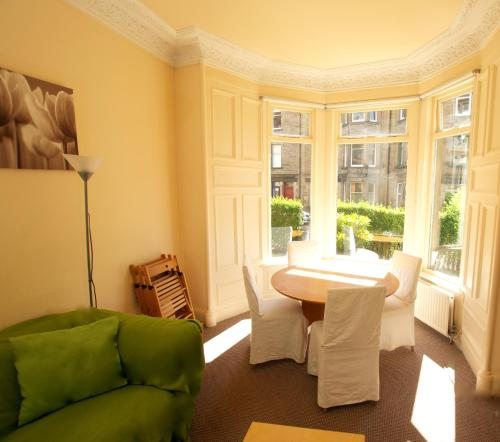 Photo of Edinburgh Holiday Apartments Self Catering Accommodation in Edinburgh Edinburgh
