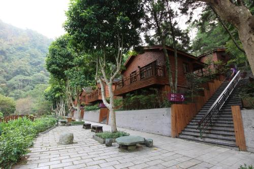 Taichung Business Hotel - Immortals Hills, Heping