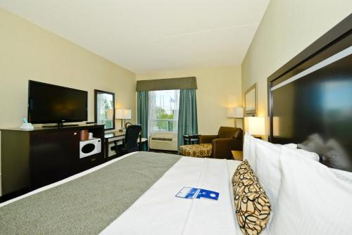 Best Western Plus Travel Hotel Toronto Airport photo 8
