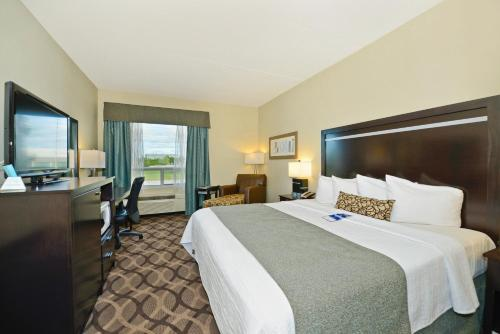 Best Western Plus Travel Hotel Toronto Airport photo 7