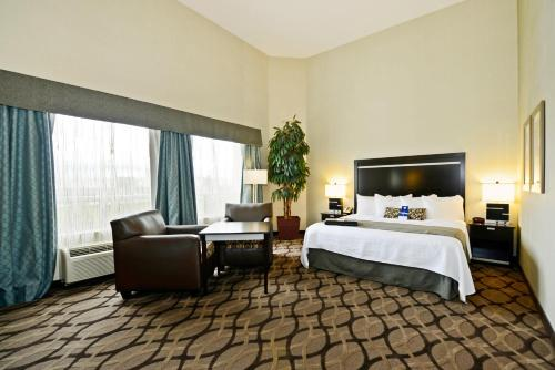 Best Western Plus Travel Hotel Toronto Airport photo 11