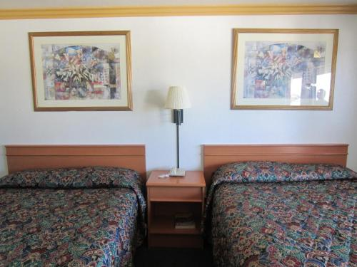 Starlight Inn Huntington Beach Photo