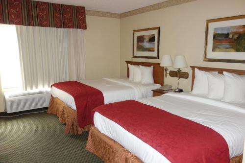 Country Inn & Suites by Radisson, Montgomery East, AL Photo