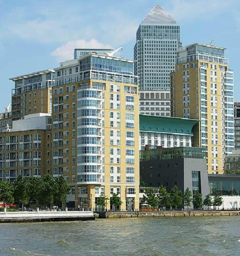 Photo of Canary Riverside Plaza Hotel Bed and Breakfast Accommodation in Canary Wharf London
