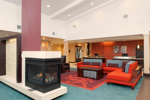 Residence Inn by Marriott Grand Rapids Airport Photo