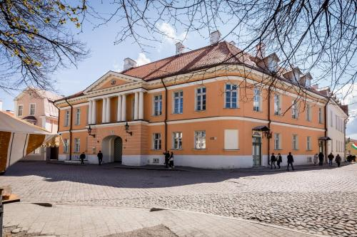 Best Apartments - Picturesque Old Town Toompea, Таллин