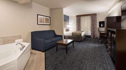 Best Western Flint Airport Inn & Suites Photo