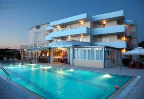 Sun & Sea Hotel - Apollonos str. (nudist beach) Greece